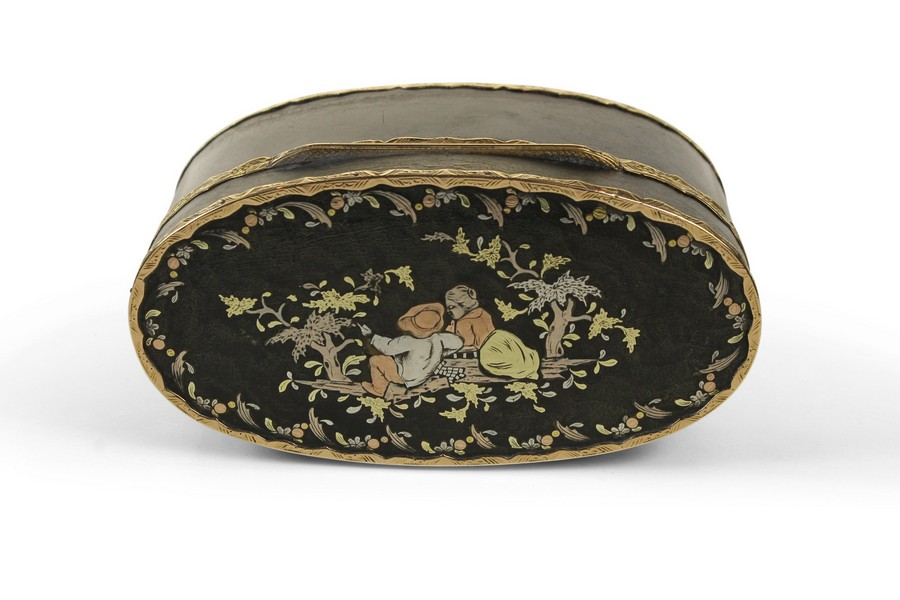 Three Colour Gold Inlaid Tortoiseshell Snuff Box