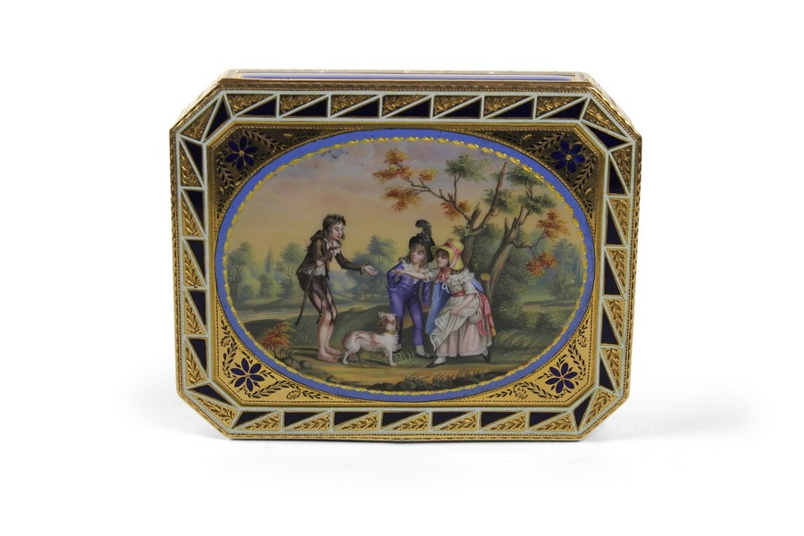 Russian Gold and Enamel Snuff Box Pierre Theremin