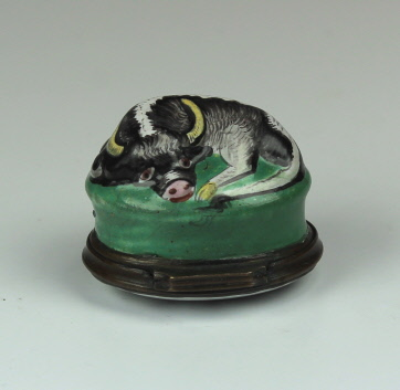 "A Bilston English Enamel ""Cow"" Bonbonnière"