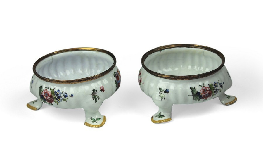 A Pair of Bilston English Enamel Salts