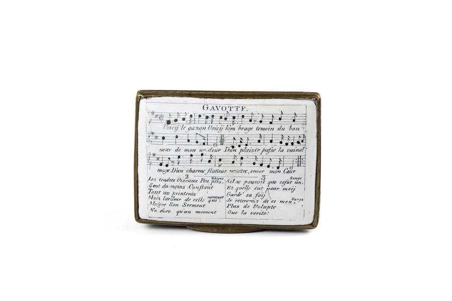 A Bilston enamel Music snuff box