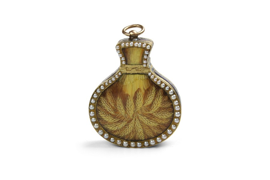 A fine Swiss gold and enamel vinaigrette