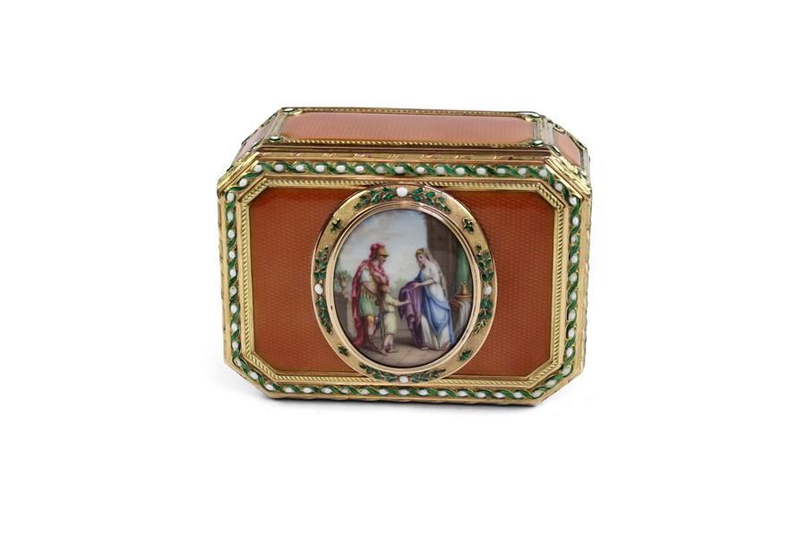 Gold and Enamel Snuff Box Hanau