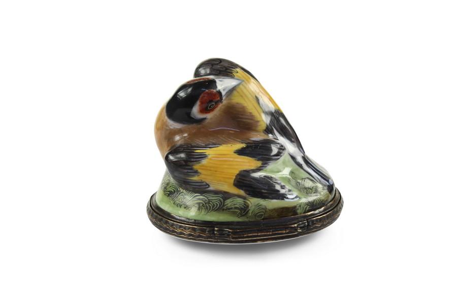 Exceptional Bilston Goldfinch Bonbonniere