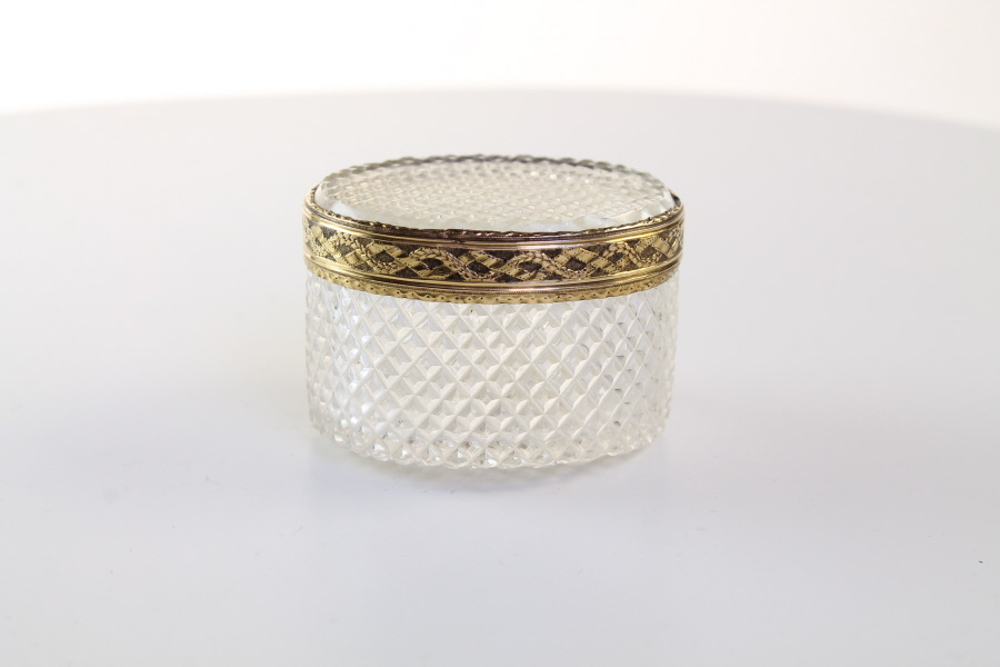 Louis XV1 silver mounted rock crystal hobnail cut snuff box