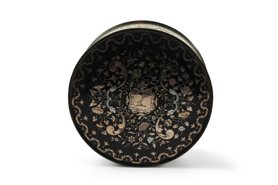 An 18th Century Pique Work Tortoiseshell Snuff Box